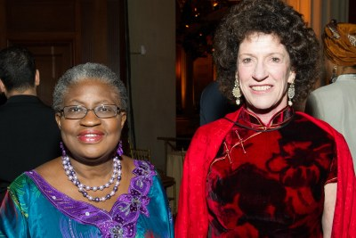 Ngozi Okonjo-Iweala, Nigerian Finance Minister, recipient of the David Rockefeller Bridging Leadership Award from Synergos, with the organization's founder and chair, Peggy Dulany