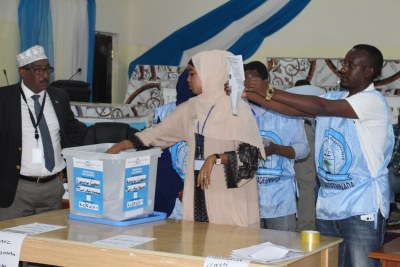 Counting votes in Somalia (file photo).