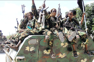 Les insurgés islamistes shebab à Mogadiscio