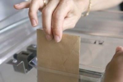 Les électeurs aux urnes le 25 novembre pour les législatives anticipées
