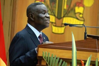 Le president John Atta Mills à l'Assemblée Nationale en février