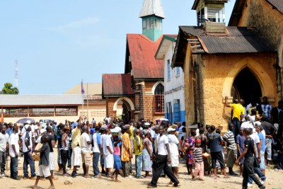Sierra Leoneans at the polls in Freetown. (file [photo)