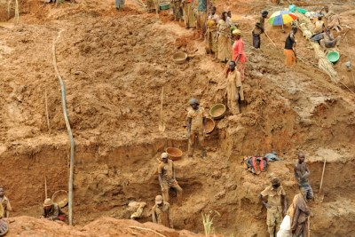 (Photo d'archives) - L'exploitation de l'or est jugée rentable mais pas souvent bénéfique pour les populations des villages environnants