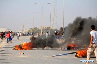Une scène d'affrontements à Benghazi, Libye.