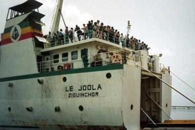 Bateau Joola