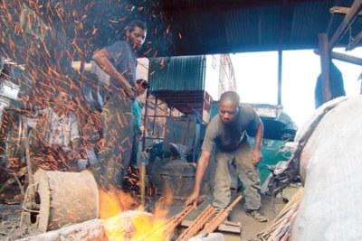 Jua Kali artisans at work in Gikomba Market, Nairobi (file photo).