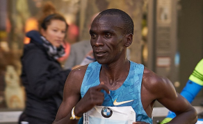 Kenya's Eliud Kipchoge Sets New World Record in Berlin