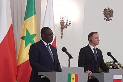 Le Président Macky Sall et le président Andrzej Duda s'adressant à la presse après la signature de plusieurs Accords politiques et économiques à Varsovie