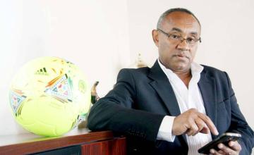 Le président de la CAF éclaboussé par une nouvelle affaire de corruption