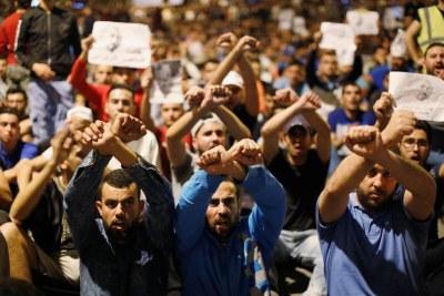 Maroc: le roi balaie allégations de violences policières. Manifestants du Rif emprisonnés sur base d'aveux extorqués