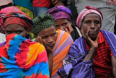 Certaines des personnes qui se sont rendues au mémorial du génocide de Murambi à Nyamagabe pour rendre hommage aux victimes du génocide en avril 2017.