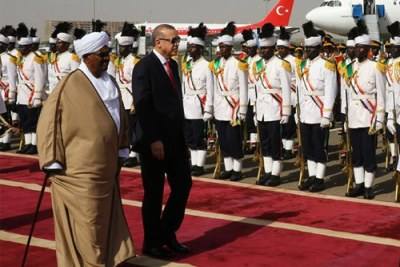 President Recep Tayyip Erdoğan arrives in the Sudanese capital. He was welcomed by President Omar Al-Bashir of Sudan with an official ceremony at Khartoum International Airport.