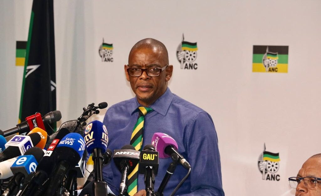 Heat is On for Magashule as South Africa's ANC Readies Probe