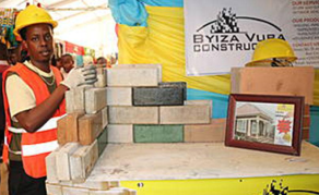Rwandan Engineer Recycles Glass to Produce Eco-Friendly Bricks