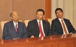 Affrontement entre Ratsiraka, Ravalomanana et Rajoelina à la présidentielle