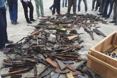 Ramassage d'armes mardi 4 septembre 2018 à Mbandza Ndounga.