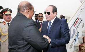 Visite historique d'Al-Sisi d'Egypte chez Al-Bashir au Soudan