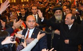 Le président El-Sissi inaugure les plus grandes mosquée et église d'Egypte