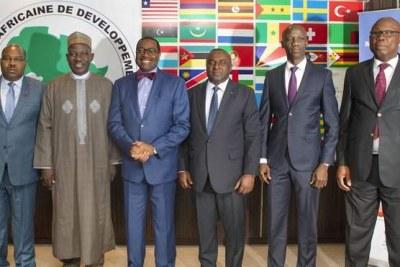 Les gouverneurs venus cette fois du Cameroun, du Congo, du Gabon, de la République démocratique du Congo, de la République centrafricaine, du Tchad et de la Guinée équatoriale, ont participé à une réunion consultative, au cours de laquelle ils ont eu des échanges fructueux avec les principaux responsables de l'institution financière.