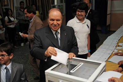 President Abdelaziz Bouteflika casts his ballot in Algeria's 2012 legislative election (file photo).