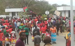 Malawi Opposition Supporters Protest Against Election 'Robbery'