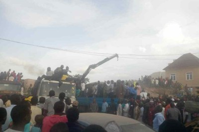 A three-story building has collapsed in Jos, the Plateau State capital.