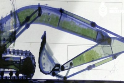 X-ray image of the excavator.