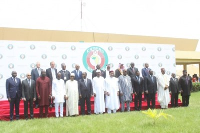 Le sommet extraordinaire des chefs d'Etat et de gouvernement de la CEDEAO