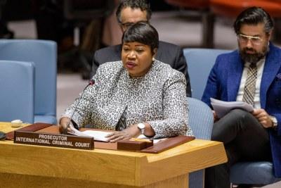 Fatou Bensouda, Procureur de la Cour pénale internationale, informe les membres du Conseil de sécurité des Nations Unies de la situation en Libye.