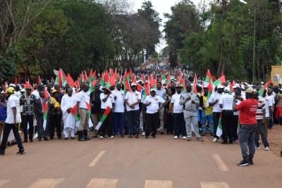 Marche organisée par le CNDD-FDD dans la province de Gitega, au Burundi, le 24 août 2017.