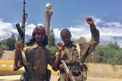 Des combattants du Tigré