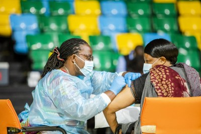 As of September 30, 2021, fifteen African countries - nearly a third of the continent's 54 nations - have fully vaccinated 10% of their people against Covid-19 (file photo).